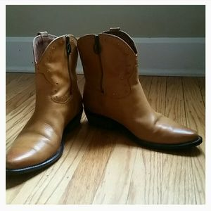 Lucky Brand Women's Sz 10 Brown leather ankle boot
